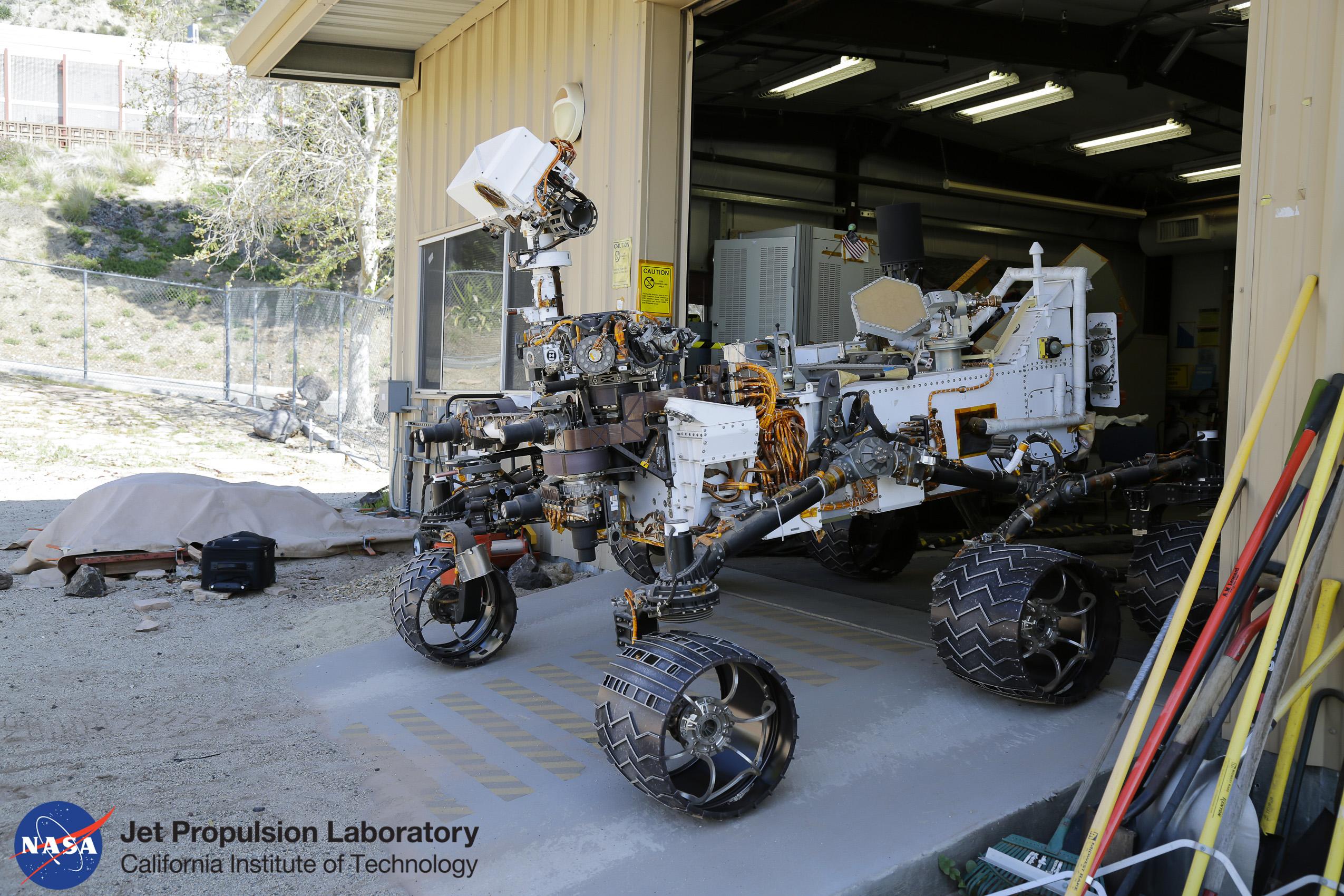 Observational documentary, Nasa/JPL California, rover Curiosity.